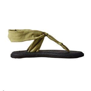 Sanuk yoga sling back Ella Sandal sz 7